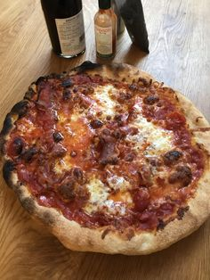 Nah i dont need to turn my pizza still good though but remember to turn your pizza if your oven isnt perfect [mozzarella scamorza ham]
