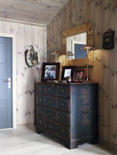 Chalé invernal. Veja: http://casadevalentina.com.br/blog/detalhes/chale-invernal-2900 #decor #decoracao #interior #design #casa #home #house #idea #ideia #detalhes #details #modern #moderno #style #estilo #casadevalentina #winter #inverno #cottage #chale