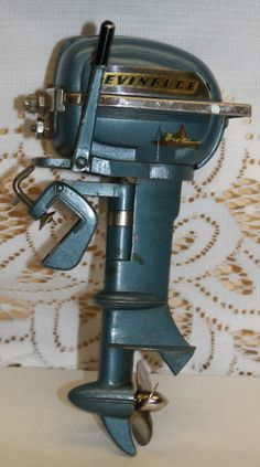 Evinrude Big Twin 1957 35 Hp Miniature Outboard Motor To