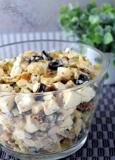 "Sałatka ""pod wódeczkę"";) – Smaki na talerzu Healthy Salad Recipes, Fruit Recipes, Cooking Recipes, Vegan Nutrition, Tasty, Yummy Food, Sandwiches, Food Inspiration, Food And Drink"