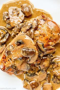 Bella Brandy Cream Chicken is really something special! If you make it for date night, a party or a weeknight dinner, it is sure to impress. Party Food With Chicken, Chicken Dinner Party Recipes, Chicken Recipes, Easy Vegetarian Dinner, Keto Dinner, Date Night Recipes, Cooking Recipes, Healthy Recipes, Meat Recipes