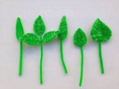 Pipe Cleaner leaf DIY tutorial perfect for a flower pot (モールアート) Pipe Cleaner Art, Pipe Cleaner Flowers, Pipe Cleaner Animals, Pipe Cleaners, Diy For Kids, Crafts For Kids, Diy Pipe, Crafts For Seniors, Popsicle Stick Crafts