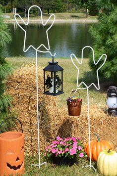 Shepherd Hooks   Ghost, Very Affordable Cute Halloween Outdoor Decor!