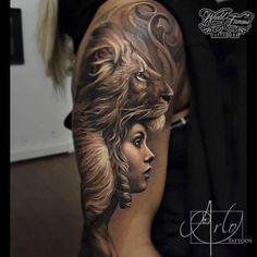 Schulter Löwen Frau Tattoo von The Raw Canvas