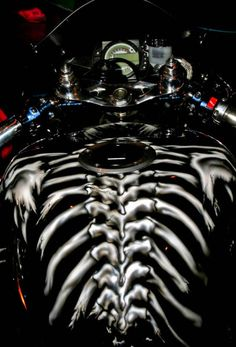 Wicked paint on motorcycle gas tanks…. Custom Paint Motorcycle, Custom Motorcycle Helmets, Motorcycle Tank, Custom Helmets, Motorcycle Campers, Motorcycle Images, Custom Choppers, Custom Motorcycles, Custom Bikes