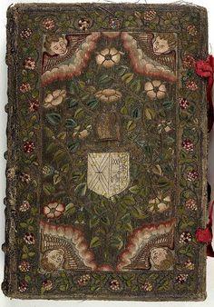 Обложки книг, украшенные ручной вышивкой. Западная Европа, XVII век.