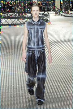 Dior-Homme-2017-Spring-Summer-Mens-Runway-Collection-036
