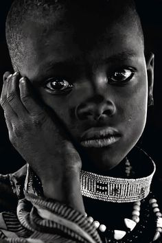 The Youts Dem - Afrika Africa One♥ - Beautiful Black Adolescence Black Is Beautiful, Beautiful Eyes, Beautiful World, Beautiful People, Foto Portrait, Portrait Photography, African Children, Interesting Faces, People Around The World
