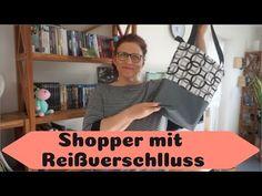 Shopper mit universell einsetzbarem Reißverschluss nähen !!!kostenloses Schnittmuster!!! - YouTube Designer Backpacks, Shopper, Upcycle, Patches, Crop Tops, Purses, Sewing, Youtube, Handmade