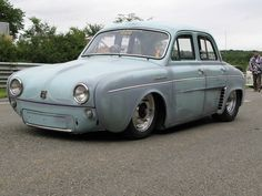 Renault Dauphine. Something Different. Stanced.