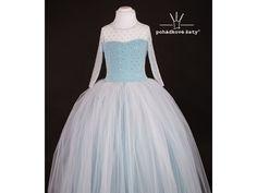 411eebbab9c6 Dětské a dívčí princeznovské tyrkysové šaty inspirované Elsou. Cena od 3  799Kč.