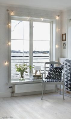 ljusslinga Pretty Lights, Bedroom Inspo, Small Apartments, Windows And Doors, Room Inspiration, Sweet Home, Dining Table, Interior Design, House