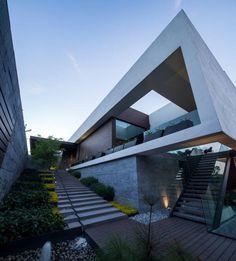 Moderne huizen van GLR Arquitectos