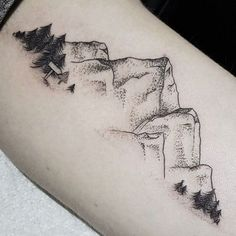 Tattoo, small mountain tattoo, inside of arm tattoo, line tattoo arm, Trendy Tattoos, Small Tattoos, Tattoos For Women, Tattoos For Guys, Natur Tattoo Arm, Natur Tattoos, Leg Tattoos, Body Art Tattoos, Tatoos