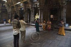 hindu devotees at the Kovil, Colombo