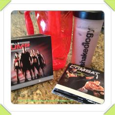 A double workout, water and my Shakeology it feels good to be back on track! #askmehow #accountability #bodyunderconstruction #drinkwater #energy #fitmom #healthiestmealoftheday #h2o #instagood #instalike #instanation #lesmills #lesmillscombat #magicformula #mood_stabilizer #strawberry_vegan #fitness #hard