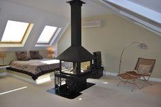 A lovely attic (i love the chimney)
