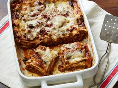Recipe of the Day: Meat and Mushroom Lasagna         Reel in the calories of your typical lasagna by bulking it up with chopped portabella mushrooms and adding creaminess with low-fat cottage cheese.