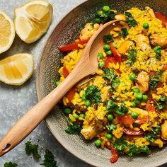 Paella, Chutney, Hummus, Thai Red Curry, Salad, Lunch, Fish, Ethnic Recipes, Kitchen