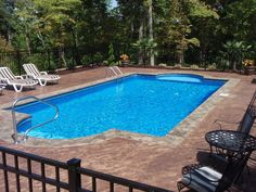 Having a pool sounds awesome especially if you are working with the best backyard pool landscaping ideas there is. How you design a proper backyard with a pool matters. Swimming Pool Landscaping, Swimming Pool Designs, Landscaping Ideas, Vinyl Pools Inground, Underground Pool, Roman Pool, Simple Pool, Backyard Pool Designs, Backyard Ideas