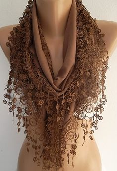 Unique.Triangle brown scarf