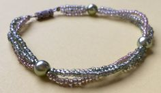 Armband aus Perlen in Grün und Braun 3-fach