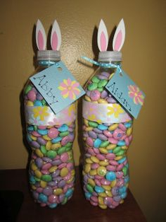 Quick and Easy Easter Bunny Treats -made from water bottles….i think I would use the little water bottles @ DIY Home Ideas