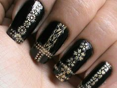 Beautiful black gold nail designs