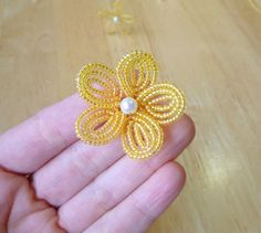 French beaded flower basic tutorial - Continuous Wraparound Loops by Lauren's Creations