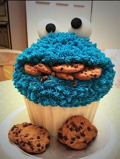 Giant cupcake cookie monster cake