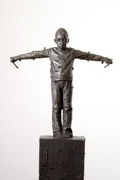 Gehard Demetz - Contemporary Artist - Bronze Sculpture - 2009 - One Day.