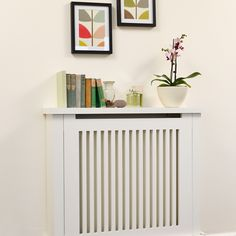 Traditional cream hallway with radiator | Hallway decorating ideas | Style at Home | Housetohome.co.uk