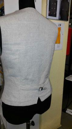 Il dietro è in canapa di Champorcher, tessitura artigianale di Champorcher,