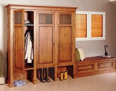 mudroom lockers with doors | Traditional design wooden lockers for mudroom
