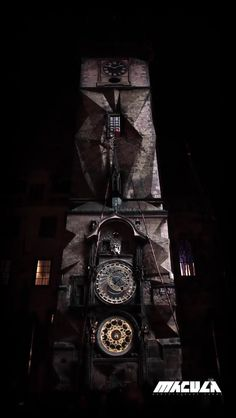 Mapping during 600 years anniversary of the astronomical tower clock situated at Old Town Square in center of Prague.  Concept and animations by The Macula (Amar Mulabegović, Dan Gregor)