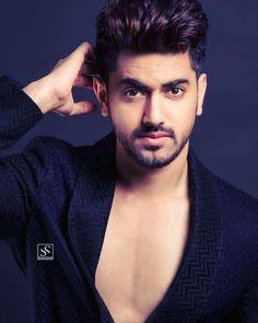 Heart beats for himmmmm Handsome Indian Men, Handsome Boys, Tv Actors, Actors & Actresses, Doremon Cartoon, Love Guru, Boy Photos, Boy Images, Zain Imam