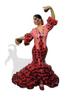 Bailaora-Flamenca.-Traje-Rojo-Lunar-Negro.-Imán.jpg (457×600)