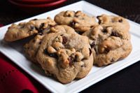 I will choose raisins over chocolate every time! Add some nuts and spices and you& got Hermits. Cookie Desserts, Cookie Recipes, Dessert Recipes, Cheesecake Cookies, Cookie Ideas, Brownie Recipes, Healthy Desserts, Bread Recipes, Raisin Cookies