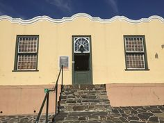 Page 1 of 1 from 13 Hotels Near Bo-Kaap Museum, Cape Town Find Hotels, Hotels Near, Cape Town Hotels, Signal Hill, Cape Town South Africa, Luxury Apartments, Studio Apartment, Lodges, Villa
