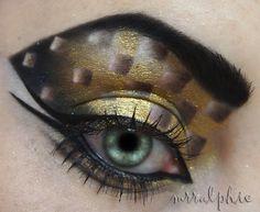 Golden Illusion Eye Makeup