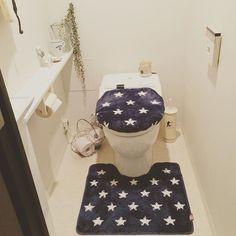 トイレマットはどうしてる?トイレのインテリアのポイントにも! | iemo[イエモ]