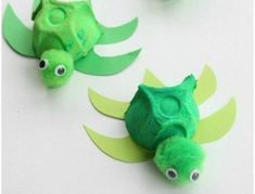 Erstaunlich Erstaunlich activité manuelle avec boite a oeuf, tortues vertes e. - Handwerk und Basteln - Hand World Preschool Art, Kindergarten Activities, Activities For Kids, Recycled Crafts, Diy And Crafts, Paper Crafts, Diy For Kids, Crafts For Kids, Bunny Crafts