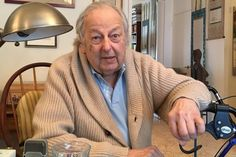 In a sit-down with our critic at Previn's New York apartment, the Oscar- and Grammy-winning composer/conductor/pianist had a lot to say … about Williams, Tom Stoppard, Doris Day, and one ex-wife who's now a dear friend. Andre Previn, Aging Gracefully, Conductors, Classical Music, Dear Friend, Interview, Suit Jacket, Star Wars, Stars