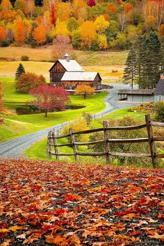 New England farm (Woodstock, Vermont) by Ben Williamson E Vermont Travel Honeymoon Backpack Backpacking Vacation Budget Wanderlust Off the Beaten Path Farm Photography, Landscape Photography Tips, Autumn Photography, Aerial Photography, Night Photography, Landscape Photos, Beautiful World, Beautiful Places, Beautiful Pictures