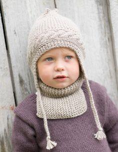Lue med øreklaffer og hals - Design by Marte Helgetun Knitting For Kids, Crochet For Kids, Knitting Socks, Baby Knitting, Knit Crochet, Crochet Hats, Knitted Bags, Knitted Shawls, Knitting Designs