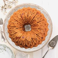 "Take your Bundt cakes to the next level of stunning when you bake them in this stained glass-shaped Bundt pan.   Cakes baked in this pan come out with an intricate ""stained glass"" design that looks just as stunning undressed, as it will when decorated. An easy way to make a lasting impression with your desserts."