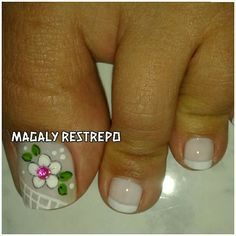 ❤❤ Toenail Art Designs, French Nail Designs, Pedicure Designs, Pedicure Nail Art, Toe Nail Art, Toe Nails, Christmas Nail Designs, Christmas Nails, Cute Pedicures