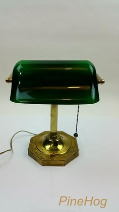 Vintage Bankers Green Glass Shade Desk Table Lawyers Brass Lamp Octagon Base