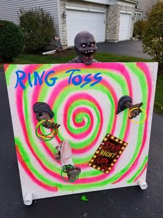 Halloween Ring Toss Spooky House, Ring Toss, Halloween Games, Decorating Ideas, Birthday Parties, Party, Anniversary Parties, Fiesta Party, Parties