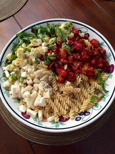Summertime Caprese Pasta Salad ❤️